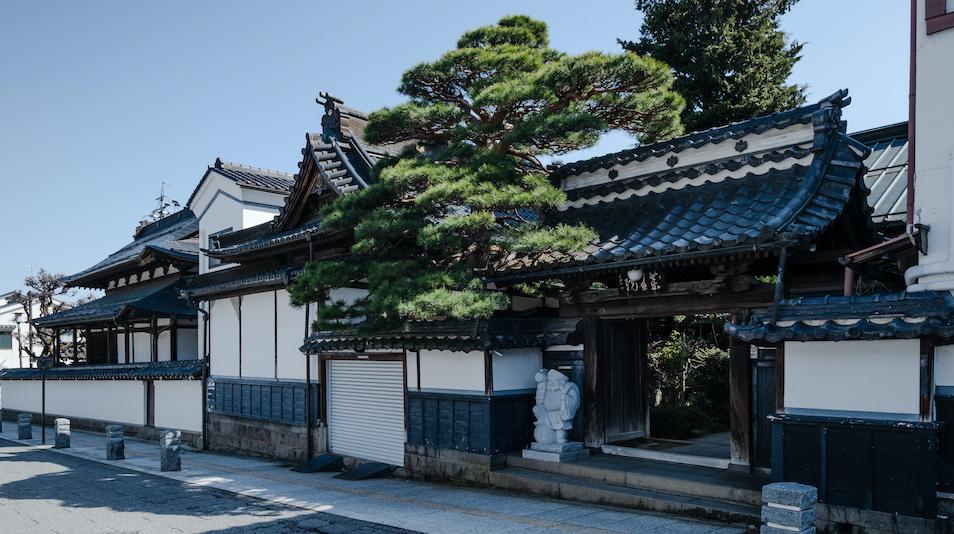 信州善光寺 薬王院 image