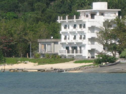 シーサイドホテルロイヤルブルームーン 〈西表島〉