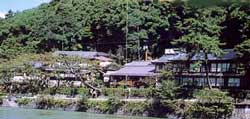 亀石楼 image