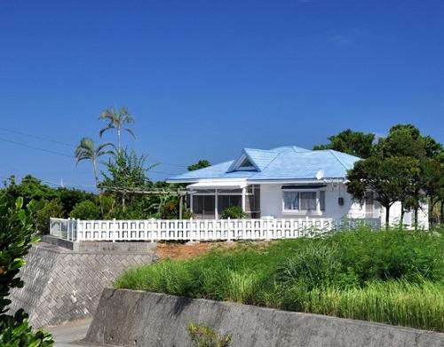 ペンション青い屋根