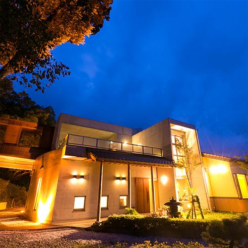 旅館さざれ石高島