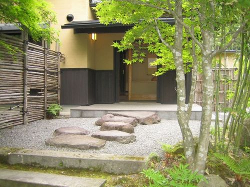 湯布院温泉 ゆふいん 由布茶寮